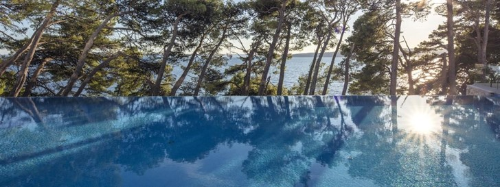 Od elegantnog infinity do glamuroznog swim-up bazena